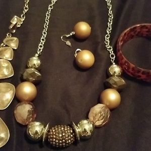 paparazzi Jewelry - Bundle of jewelry